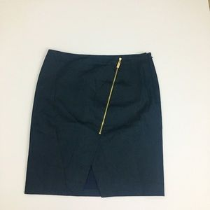Vince Camuto Navy Blue Pencil Skirt. Size 8